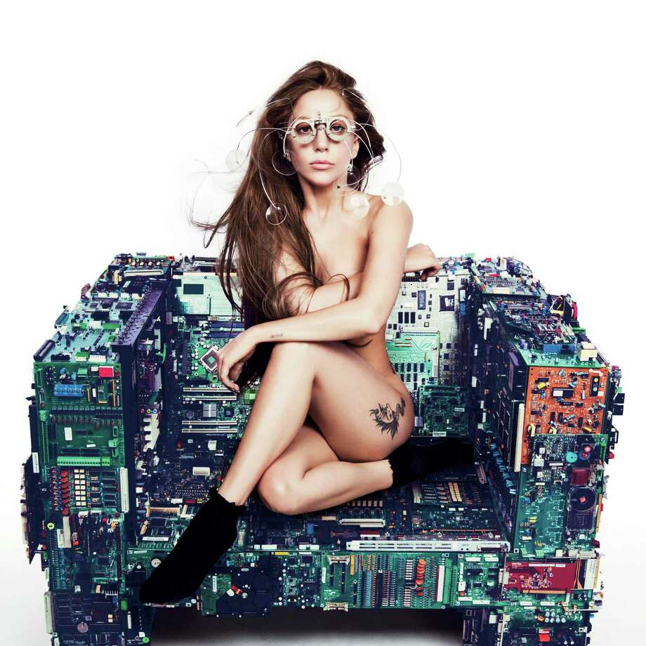 Lady Gaga Photo: Inez And Vinoodh
