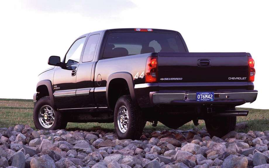 Federal regulators have been investigating GM over brake failures in a number of models of pickups and SUVs, including the 2003 Chevrolet Silverado 2500 heavy-duty truck. Photo: San Antonio Express-News File Photo / SAN ANTONIO EXPRESS-NEWS