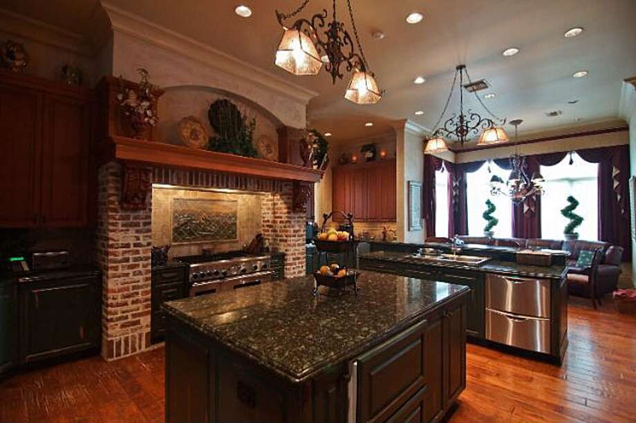 6 Estates Of Montclaire, Beaumont: $3,250,000The kitchen has 4 ovens, a double sub-zero fridge and a separate butler's pantry. Photo: Zillow