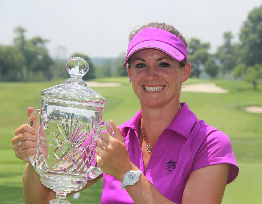 Greenwich's Jessica Carafiello smiles after winning the 2014 Lincoln Womenís Met Open Championship. Photo: Contributed Photo / Greenwich Time Contributed