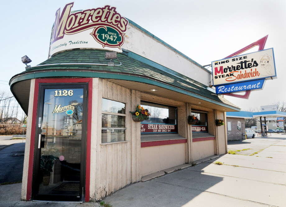Exterior of Morrette's King Steak House, on Erie Blvd. in Schenectady, NY, on Tuesday, Nov. 17, 2009.   (Luanne M. Ferris / Times Union) Photo: LUANNE M. FERRIS / 00006422A