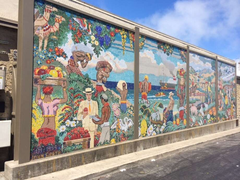"""World Sources of Food,"" by John Garth on the side of the Marina Safeway since 1959. The Chronicle/Sam Whiting"