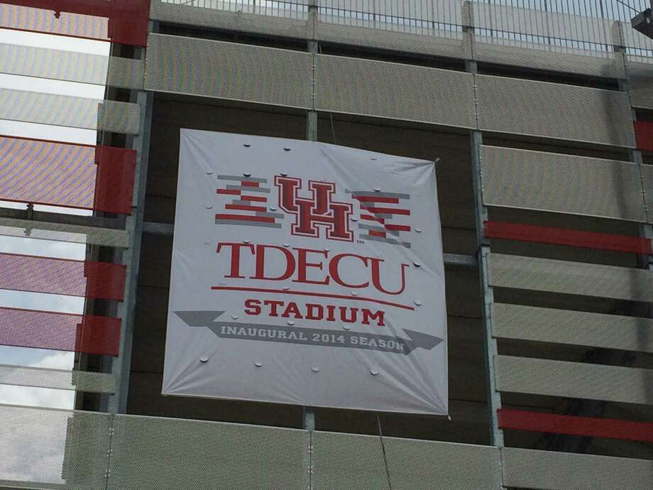 A banner at UH's new stadium.