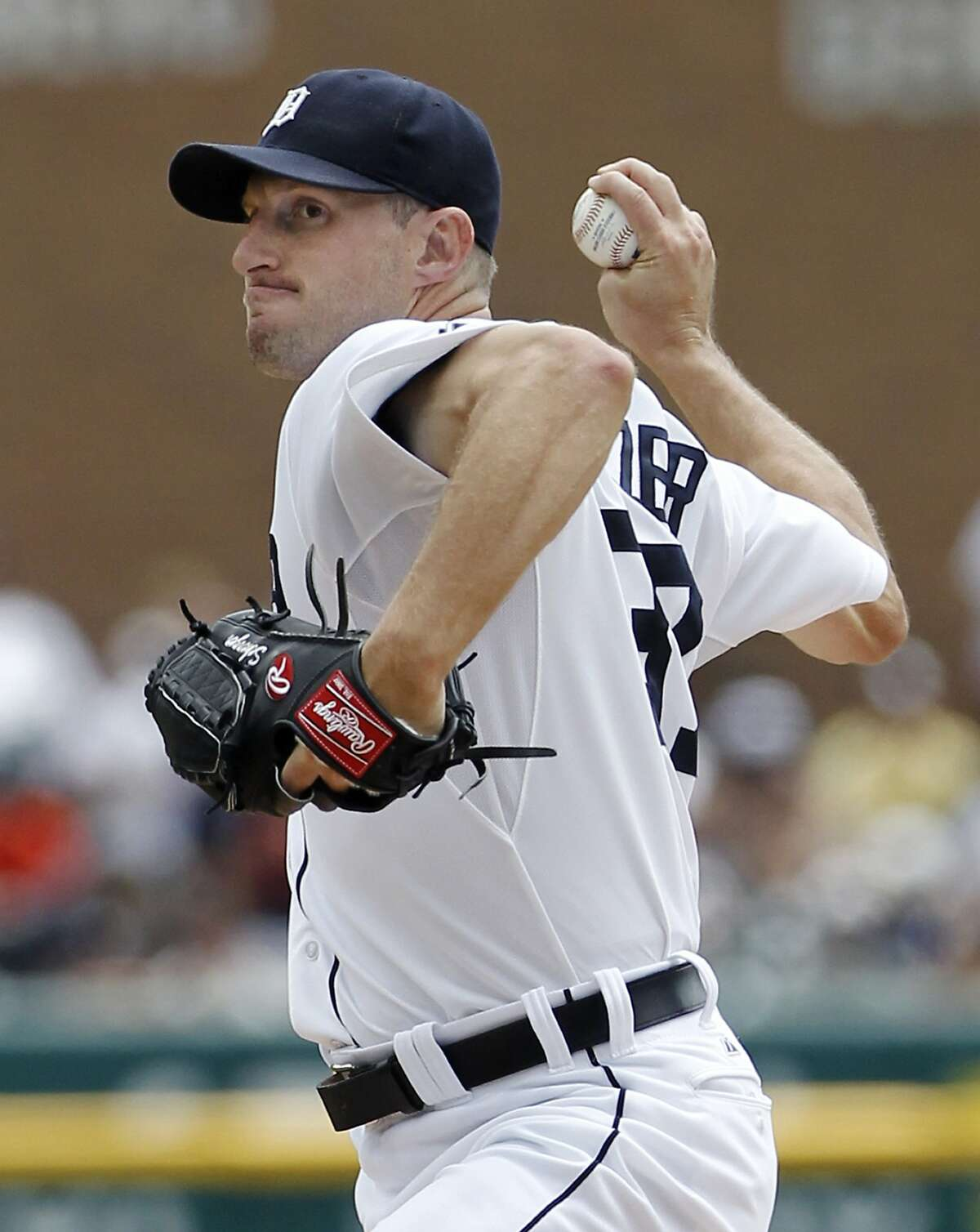 Pitcher Max Scherzer is being persued by the Giants.