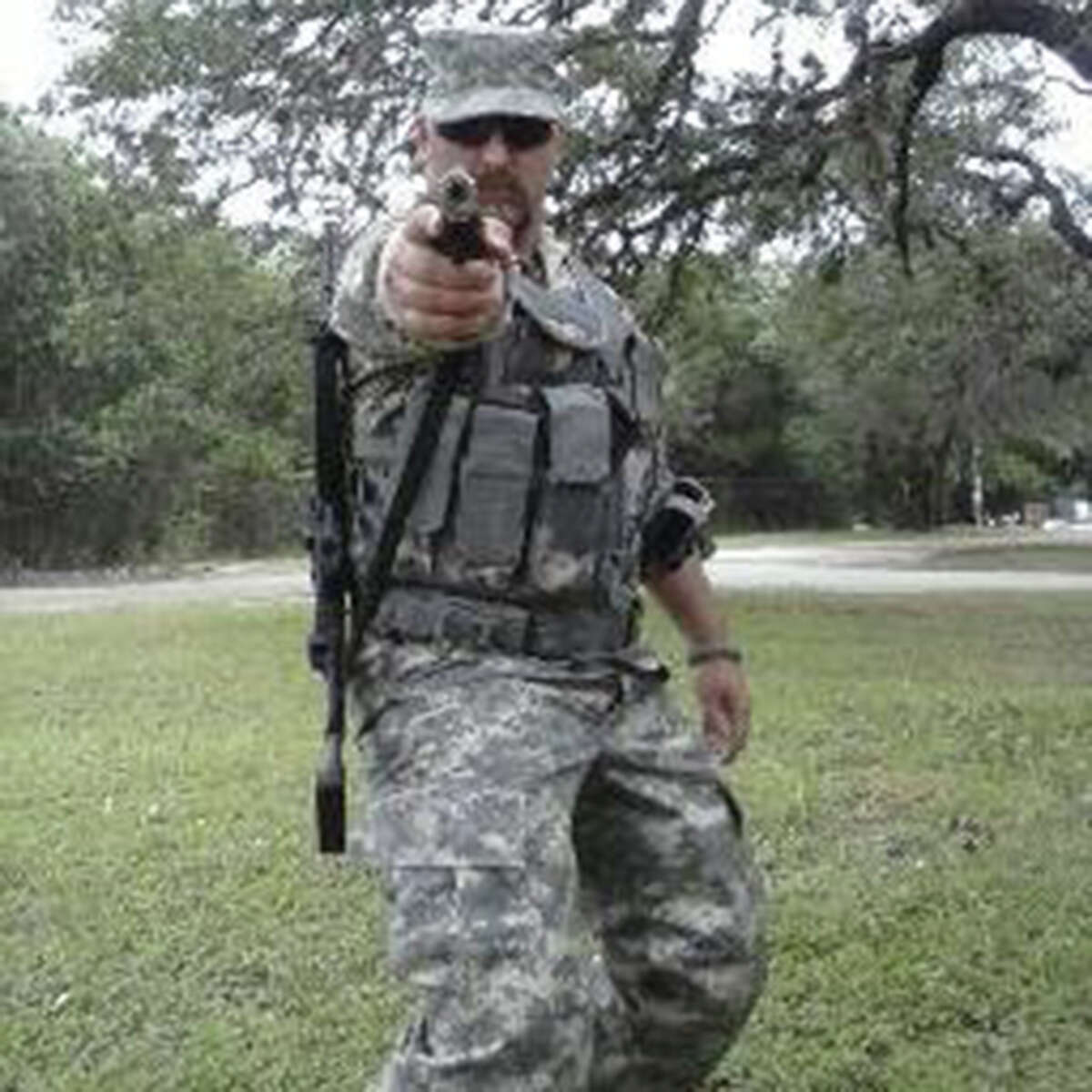 Chris Davis, a 37-year-old truck driver who was discharged from the Army in lieu of court martial, is leading a citizen militia of