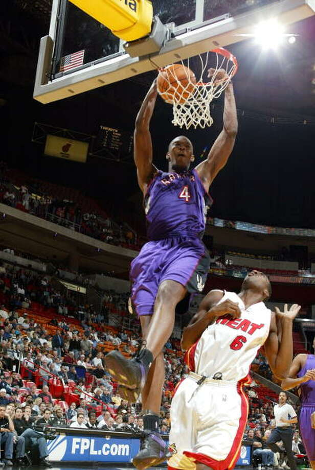 2003-04 season  During his rookie campaign, Bosh averaged 11.5 points, seven rebounds and 1.4 blocks per game. Photo: Issac Baldizon, NBAE/Getty Images / 2003 NBAE