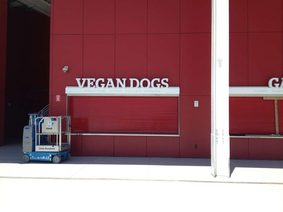 VEGAN DOGS. We are not in Candlestick anymore. Photo: Paolo Lucchesi, The Chroncle