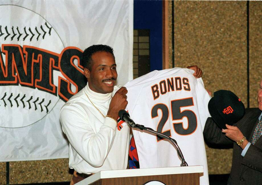 1992: Bonds heads homePerhaps the best all-around player in baseball in the early '90s, Barry Bonds left Pittsburgh -- for whom he'd played his entire pro career -- to head home to San Francisco, where his father Bobby had starred from 1968-1974. The eventual home-run king signed a six-year, $43.75 deal with the Giants, eventually playing there for 15 seasons -- 12 of them as an All-Star. Photo: Eric Risberg, AP / AP1992