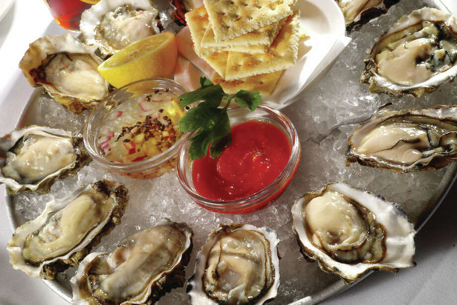 North Atlantic oysters selection served on ice at Eddie V's Prime Seafood. Photo: ., Eddie V's Prime Seafood