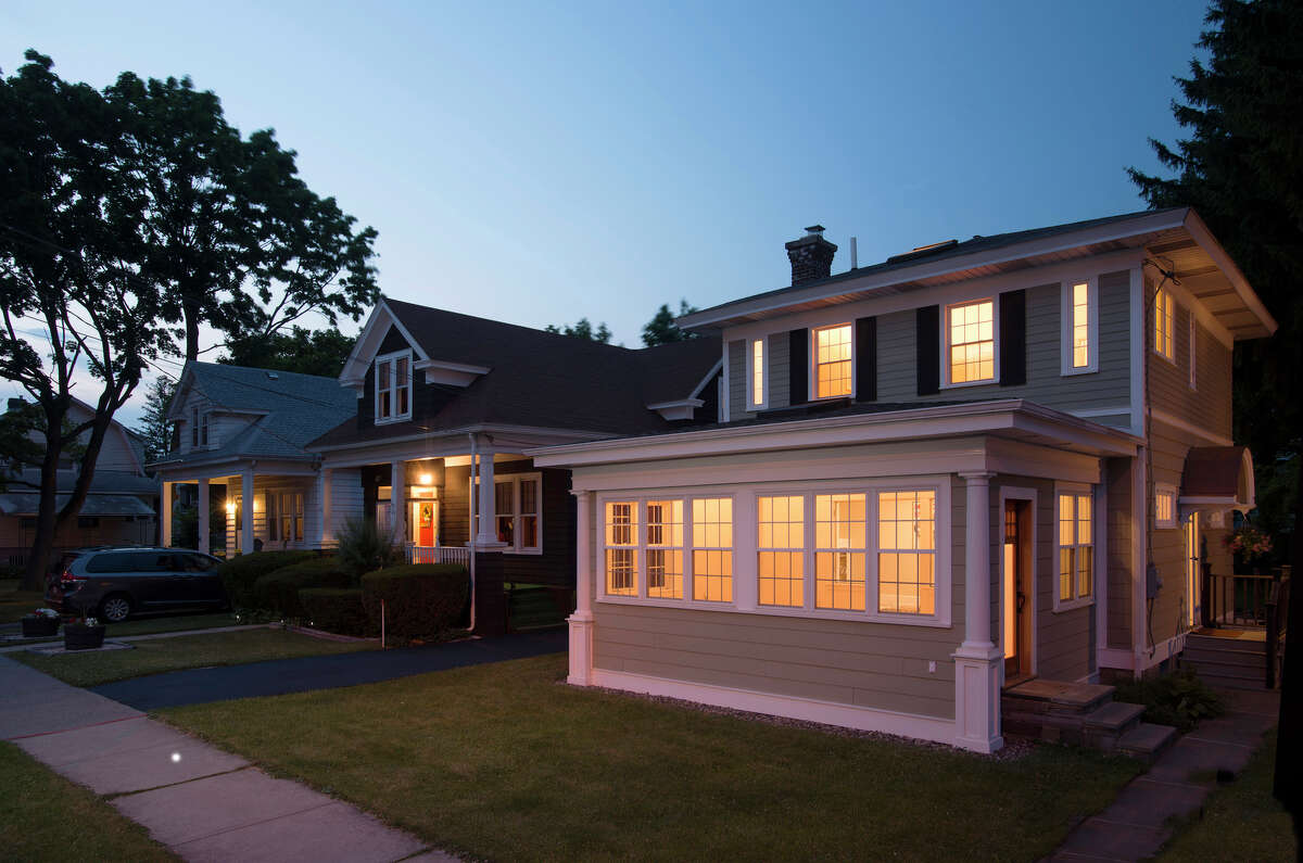 House of the Week: 39 Fairview Ave., Albany | Realtor: Julia Rosen of Prudential Manor Homes | Discuss: Talk about this house