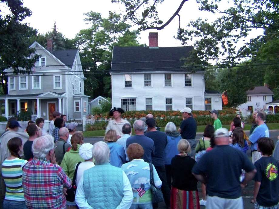 Walt Matis, in Colonial garb, will lead tours around the historic Fairfield Town Green on July 19 and Aug. 23. Photo: Contributed Photo / Connecticut Post Contributed