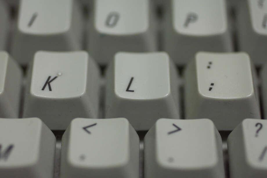 KEY TEST COMPUTER KEYBOARD