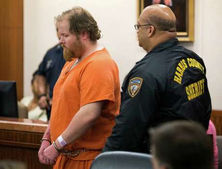 Accused mass shooter Ron Lee Haskell is escorted by deputies for a hearing on Friday, July 11, 2014, in Houston. Haskell is accused of a mass shooting that resulted in the death of six people. Photo: Brett Coomer, Houston Chronicle / © 2014 Houston Chronicle