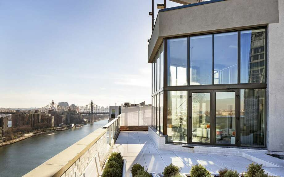 The New York penthouse where Frank Sinatra lived with Mia Farrow. Photo: Courtesy Of