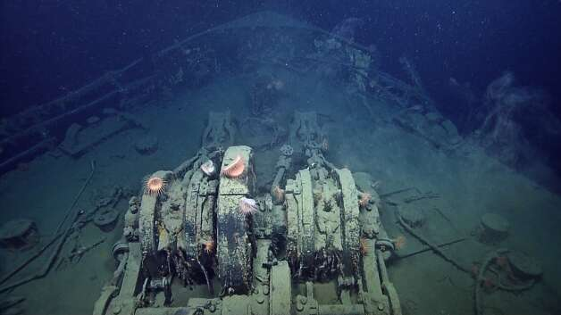 SS Robert E. LeeAnchor chains on the SS Robert E. Lee
