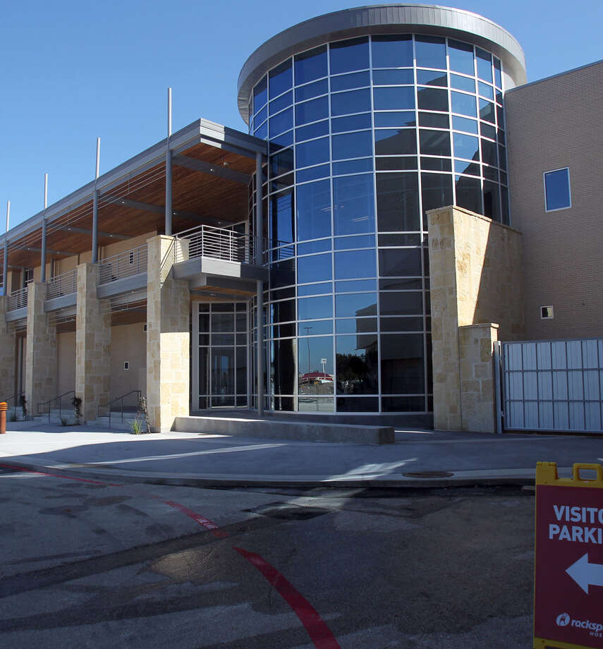 Rackspace said in its earnings call that the strategic evaluation of the company's options is ongoing.  Photo: Express-News File Photo / SAN ANTONIO EXPRESS-NEWS
