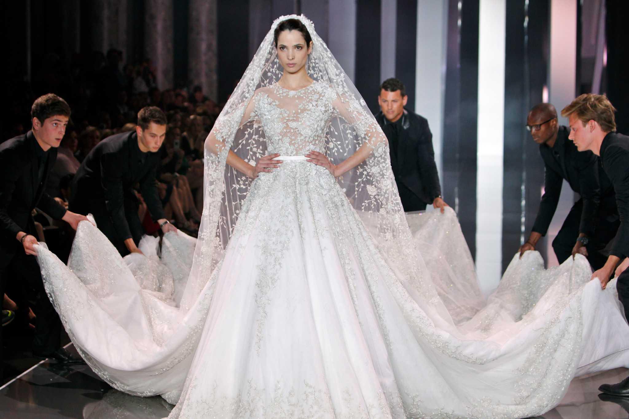 Paris haute couture fashions july 2014 for Haute wedding