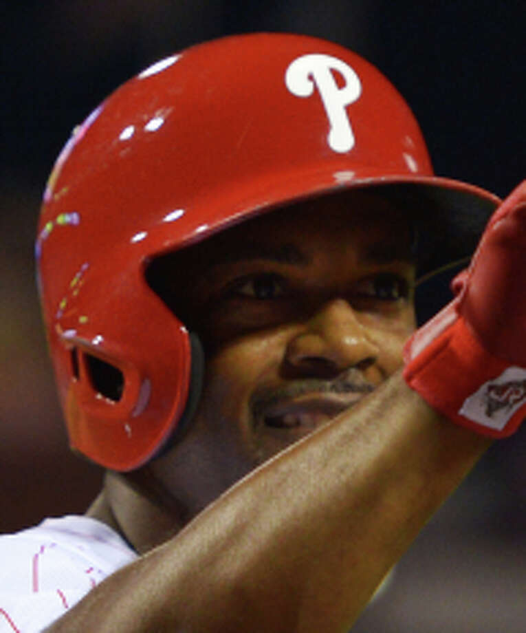 PHILADELPHIA, PA - JULY 11: Jimmy Rollins #11 of the Philadelphia Phillies celebrates after his second home run of the game against the Washington Nationals at Citizens Bank Park on July 11, 2014 in Philadelphia, Pennsylvania. The Phillies won 6-2. (Photo by Drew Hallowell/Getty Images) Photo: Drew Hallowell / Getty Images / 2014 Getty Images