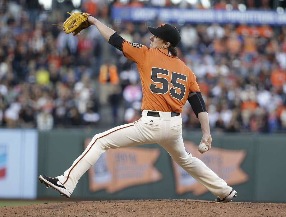 Tim Lincecum, who limited Arizona to three hits in seven innings, has a 27-inning home scoreless streak. Photo: Eric Risberg, Associated Press
