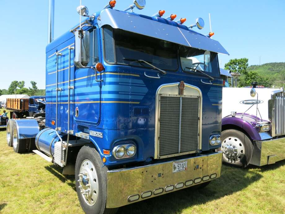 The view in your rear view mirror of the 1977 Kenworth.