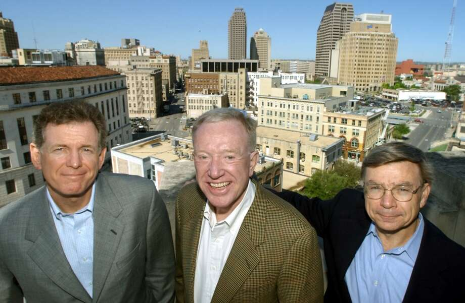 San Antonio Angel Investors, Wayne Alexander, Bob Coleman, and Michael Burke, Wednesday, Mar. 26, 2003. photo Bob Owen Photo: BOB OWEN, SAN ANTONIO EXPRESS-NEWS
