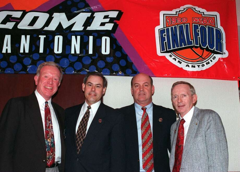 Bob Coleman, Steve Moore, Tom Jernstedt, Bobby Thompson at the press conference for 1998 NCAA Final Four wrap-up. Photo: CHARLES BARKSDALE, SAN ANTONIO EXPRESS-NEWS