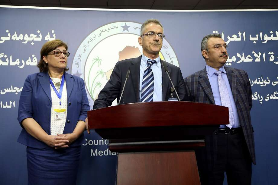 Faris Yussif, a member of the Democratic Alliance bloc, addresses the media after the abortive session. Photo: Karim Kadim, Associated Press