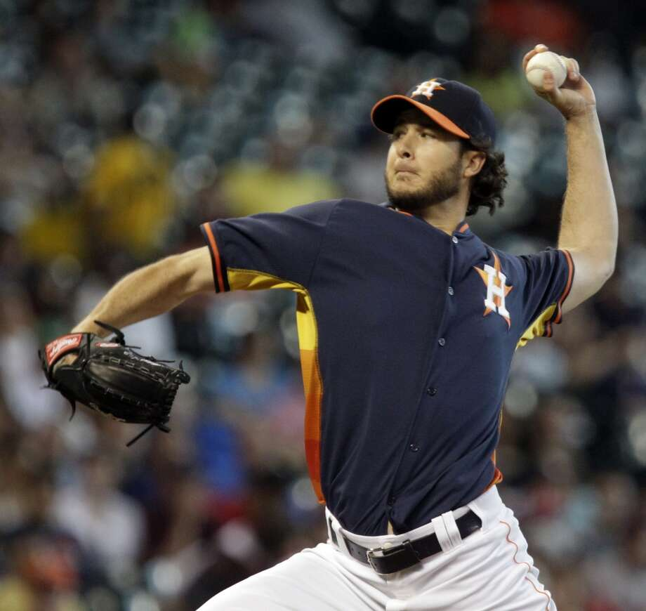 Astros Darin Downs pitches against the  Red Sox. Photo: Melissa Phillip, Houston Chronicle