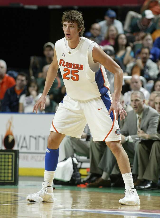 University of Florida: junior season (2009-10)  In his third season in Gainsville, Parsons logged more than 30 minutes per game for the first time, finishing with averages of 12.4 points and 6.9 rebounds per game, of which the former would be a career best for him in college. Photo: Joel Auerbach, Getty Images