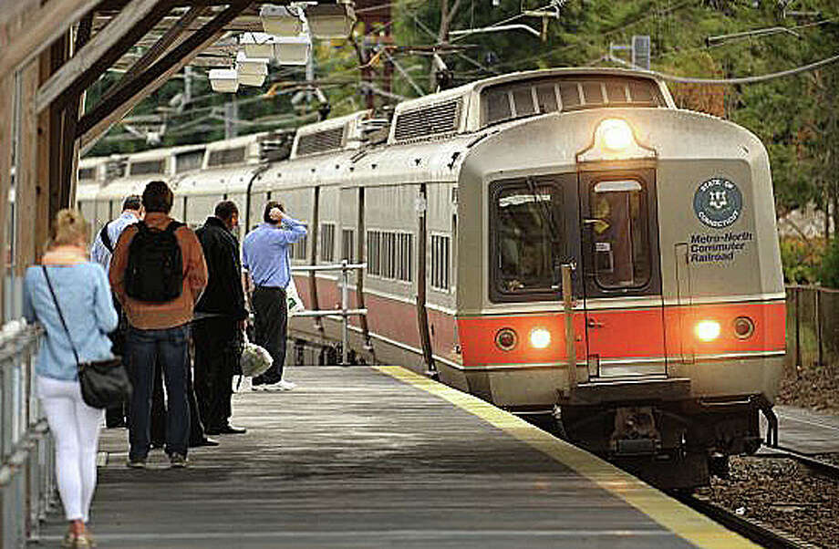 Metro-North Railroad passengers in Fairfield and along the rest of the New Haven Line may experience slower service thoughout this weekend and next because of track and signal work. Photo: File Photo / Fairfield Citizen