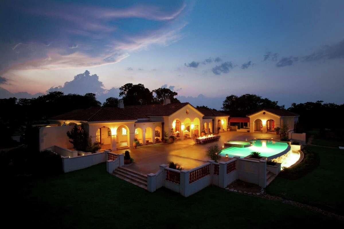The Inn at Dos Brisas Rating: Five Stars Category: Restaurants Location: Washington