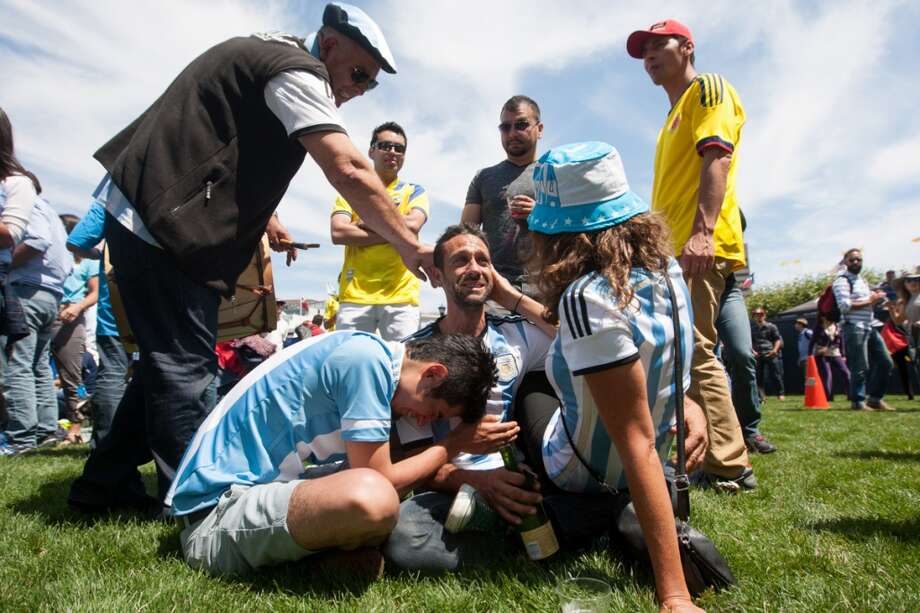 ...as the Argentina fans could not contain their disappointment. Photo: Douglas Zimmerman, Courtesy