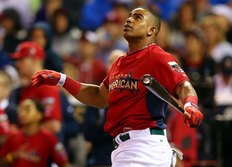 Yoenis Cespedes  bats during the Gillette Home Run Derby. Photo: Elsa, Getty Images