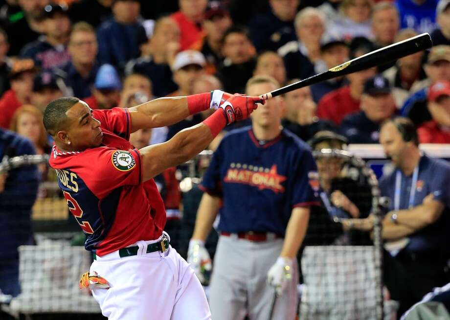 American League All-Star Yoenis Cespedes bats during the Gillette Home Run Derby. Photo: Rob Carr, Getty Images