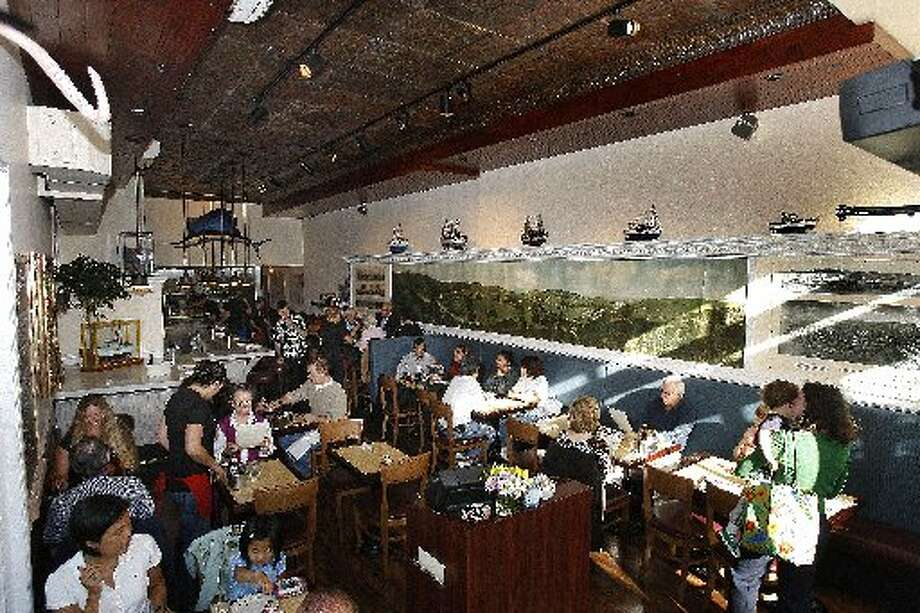 Woodhouse Fish Co. (Fillmore):This restaurant features a lot of East Coast influences with such things as the fried Ipswich clams and the Maine lobster rolls, but they bring it home with an excellent cioppino, where the tomato broth is more savory than some of the sweeter versions you often find.  www.woodhousefish.com Photo: Frederic Larson, The Chronicle 2009
