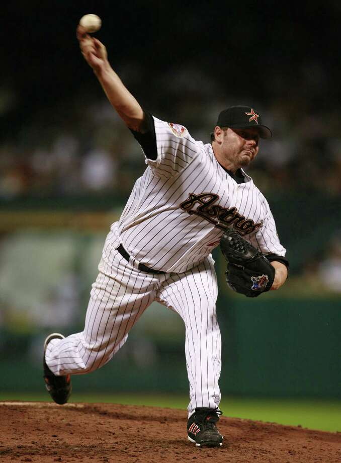 Roger Clemens made his season debut against the Minnesota Twins on June 22, 2006. Photo: James Nielsen, Houston Chronicle / Houston Chronicle