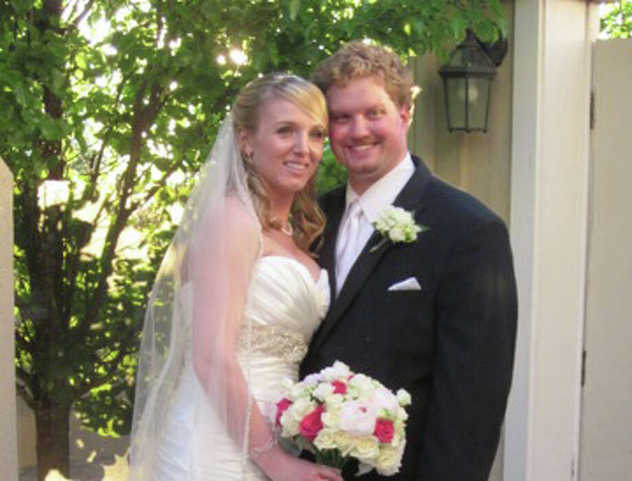 Nicole Anthony and Graham MacKenzie were married June 7. Photo: Contributed Photo, Contributed / New Canaan News Contributed