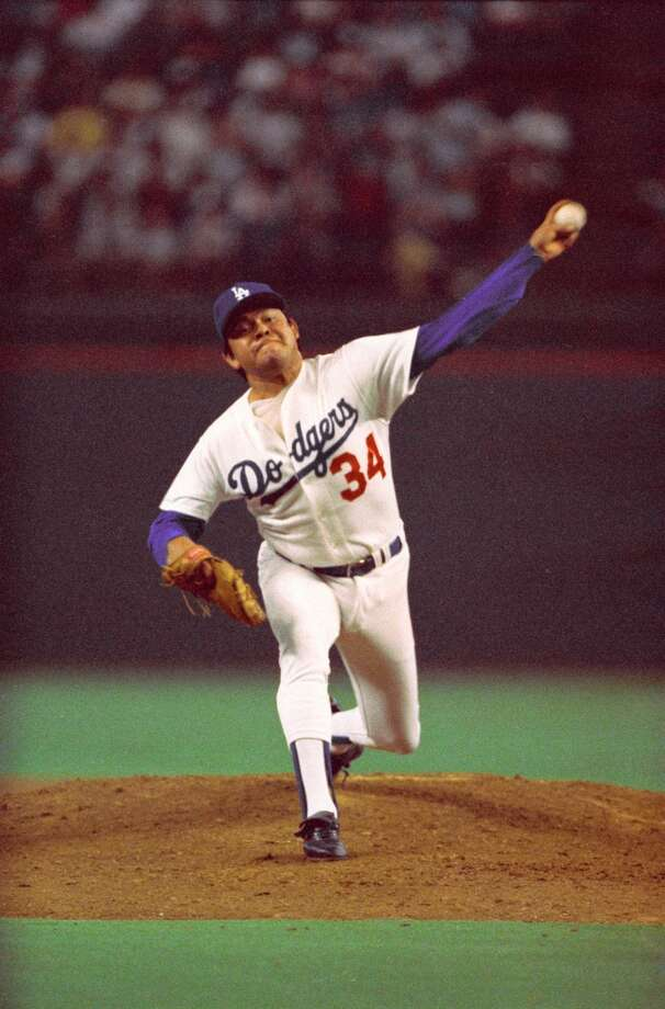 Fernando Valenzuela pitches in the 1986 All-Star Game in the Astrodome. Photo: John VanBeekum, © Houston Chronicle