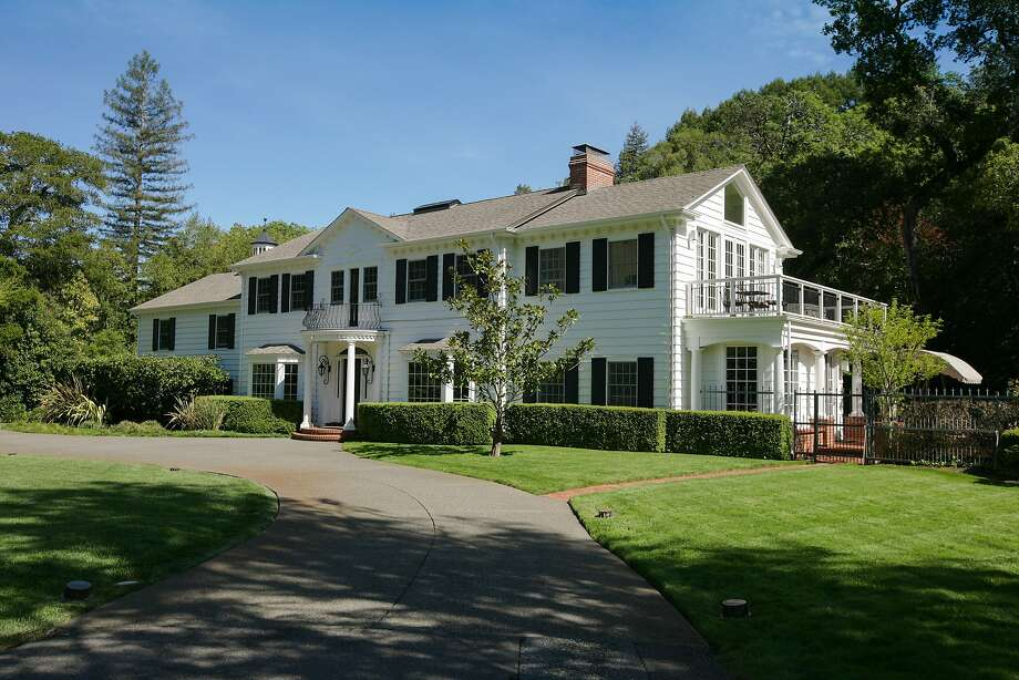 233 Woodland Road in Kentfield is available for $7.1 million. Photo: Bob Morris Photography