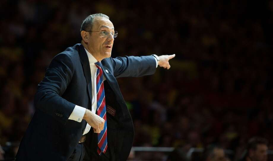 Ettore Messina in action during the Turkish Airlines EuroLeague Final Four Semi Final B between CSKA Moscow vs Maccabi Electra Tel Aviv at Mediolanum Forum on May 16, 2014 in Milan, Italy. Photo: Aitor Arrizabalaga, EB Via Getty Images