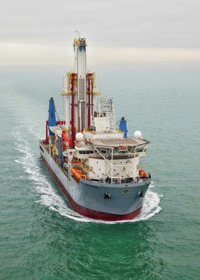 Noble Corp.'s Noble Globetrotter I sails in the Gulf of Mexico, where it is drilling for Shell Oil Co. The drillship worked at the Rydberg site south of Mobile, Ala.