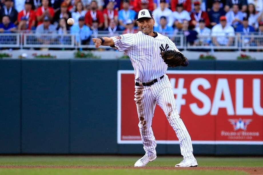 American League All-Star Derek Jeter #2 of the Yankees throws to first base. Photo: Rob Carr, Getty Images