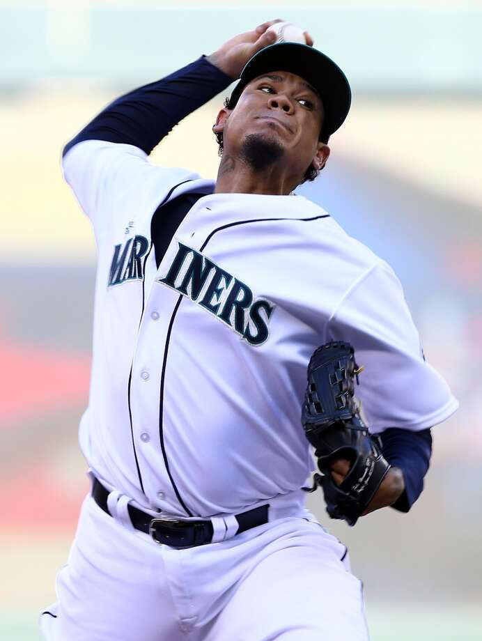 American League All-Star Felix Hernandez #34 of the Mariners pitches against the National League All-Stars. Photo: Elsa, Getty Images