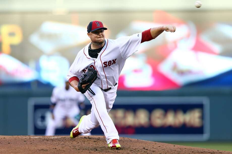 American League All-Star Jon Lester #31 of the Red Sox pitches against the National League. Photo: Elsa, Getty Images