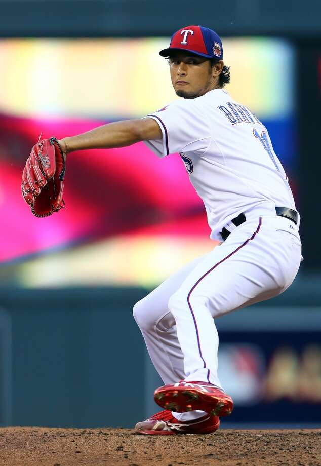 American League All-Star Yu Darvish #11 of the Rangers pitches against the National League All-Stars. Photo: Elsa, Getty Images