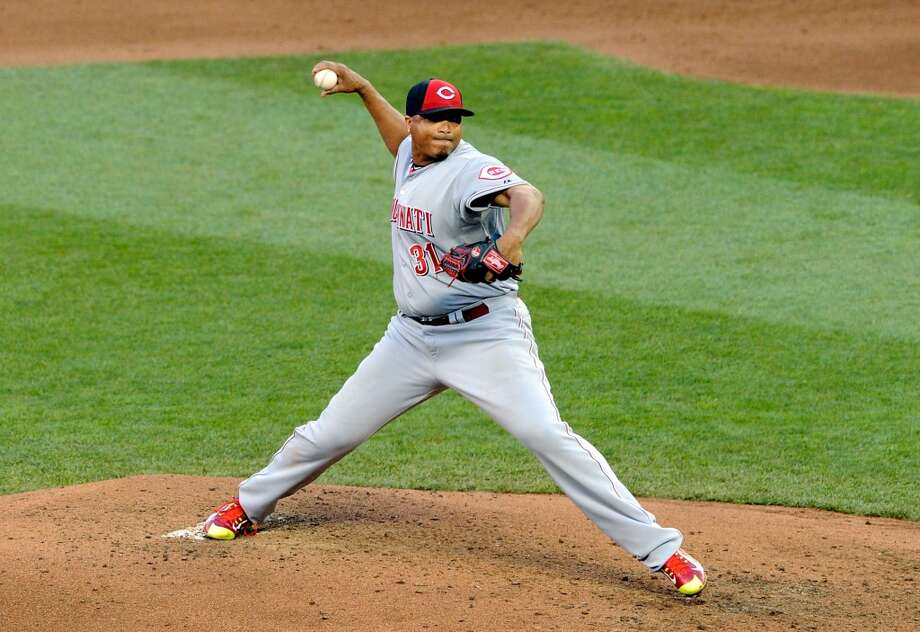 National League All-Star Alfredo Simon #31 of the Reds pitches. Photo: Hannah Foslien, Getty Images