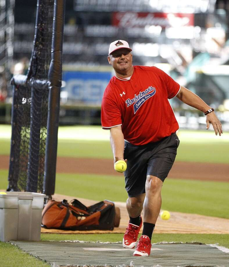 J.J. Watt announces 2019 return of celebrity softball game