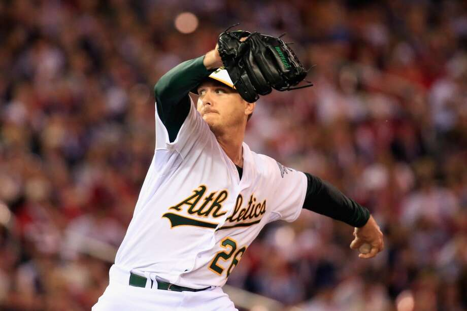 MINNEAPOLIS, MN - JULY 15:  American League All-Star Scott Kazmir #26 of the Oakland Athletics pitches against the National League All-Stars during the 85th MLB All-Star Game at Target Field on July 15, 2014 in Minneapolis, Minnesota.  (Photo by Rob Carr/Getty Images) Photo: Getty Images