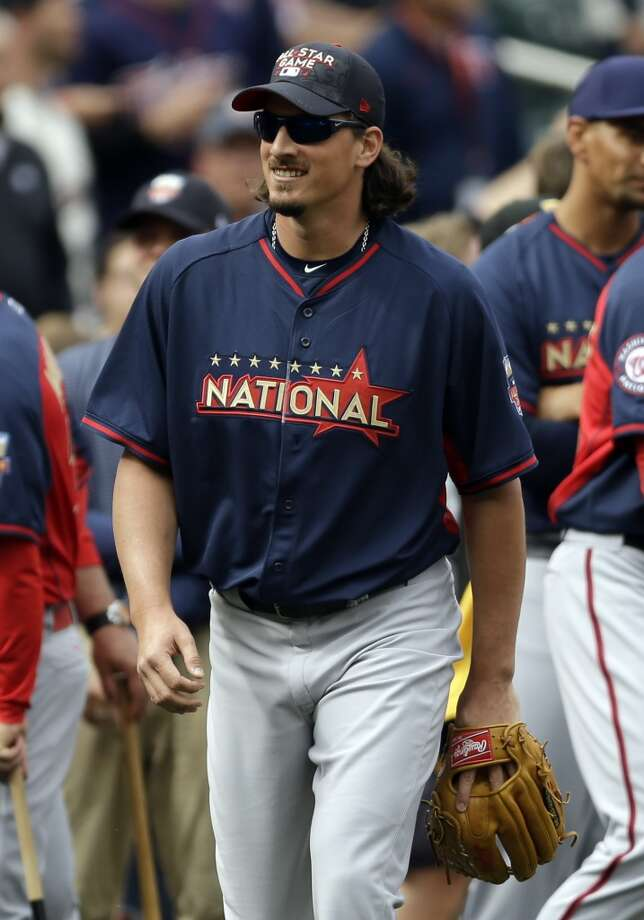 All-Star pitcher Jeff Samardzija is seen on the field during batting practice for the MLB All-Star game. Photo: Jeff Roberson, Associated Press
