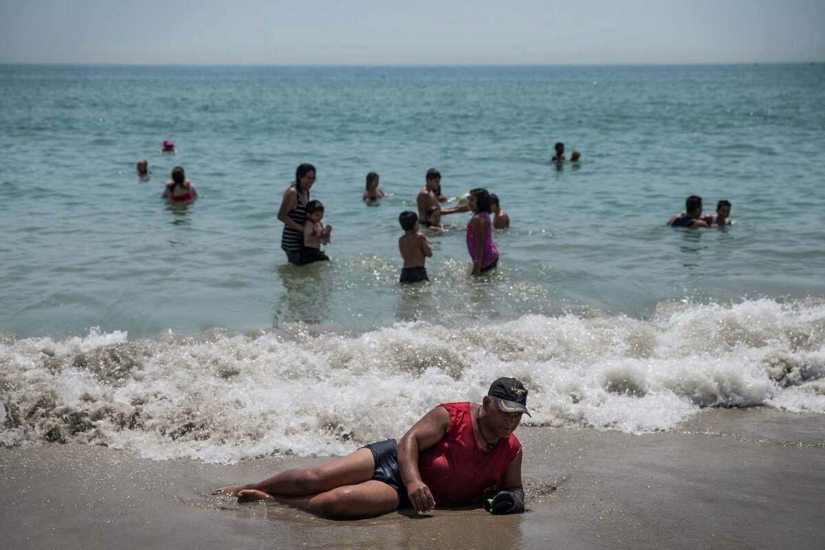 BEST: 1. New York New York might not have the warmest waters, but with one of the lowest skin cancer rates of its coastal cousins, 2014 really can be the summer of no regrets.